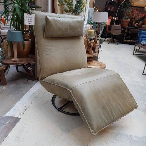 Een relaxfauteuil met een moderne en hippe uitstraling